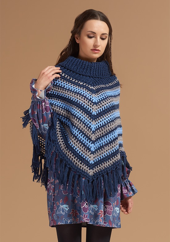 cod 241 Handmade stripes & little flowers Poncho Blue