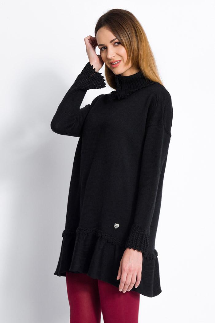 Abito nero in pura lana collo alto con volant made in italy