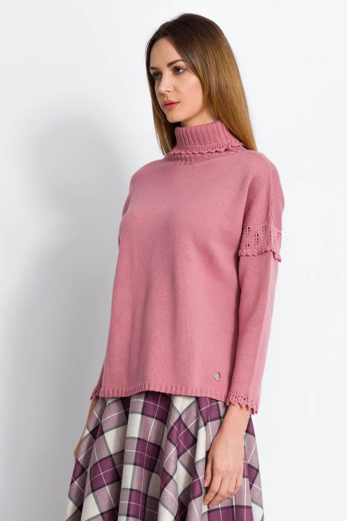 maglione collo alto in pura lana da donna rosa made in italy artigianale