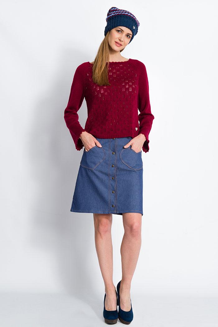 maglione da donna bordeauxlavorazione pizzo con foglie in pura lana merino e gonna jeans con cuori