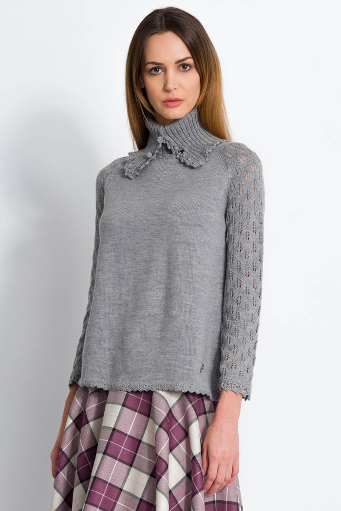 grey handcrafted wool sweater with lace raglan sleeves with neck warmner made in italy