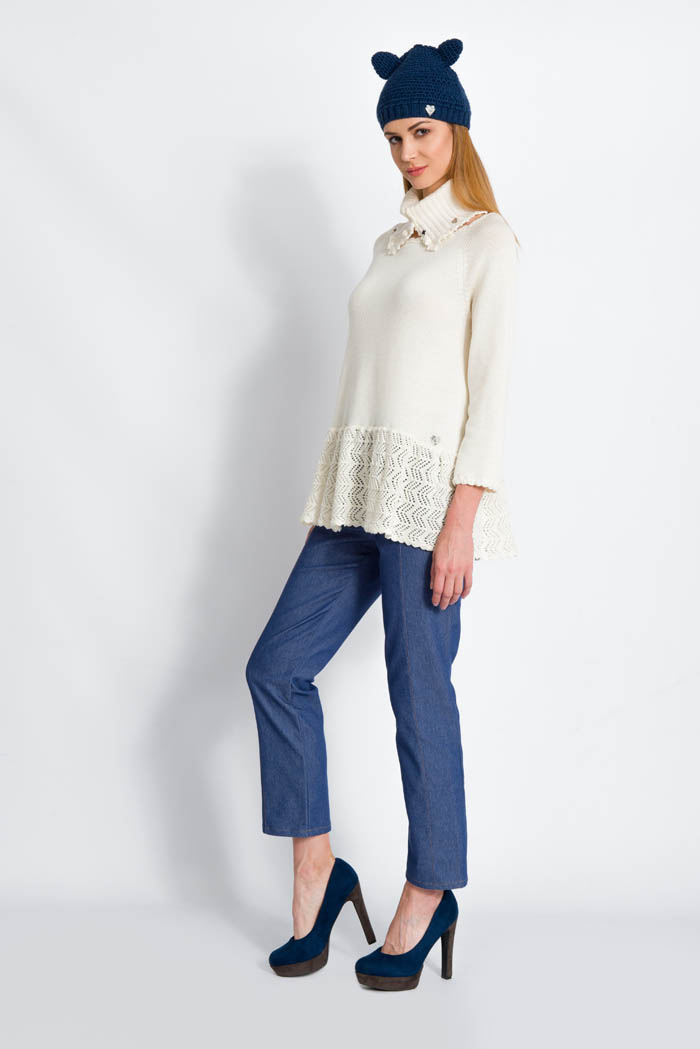 cream handcrafted ruffle wool sweater and skinny pants made in italy