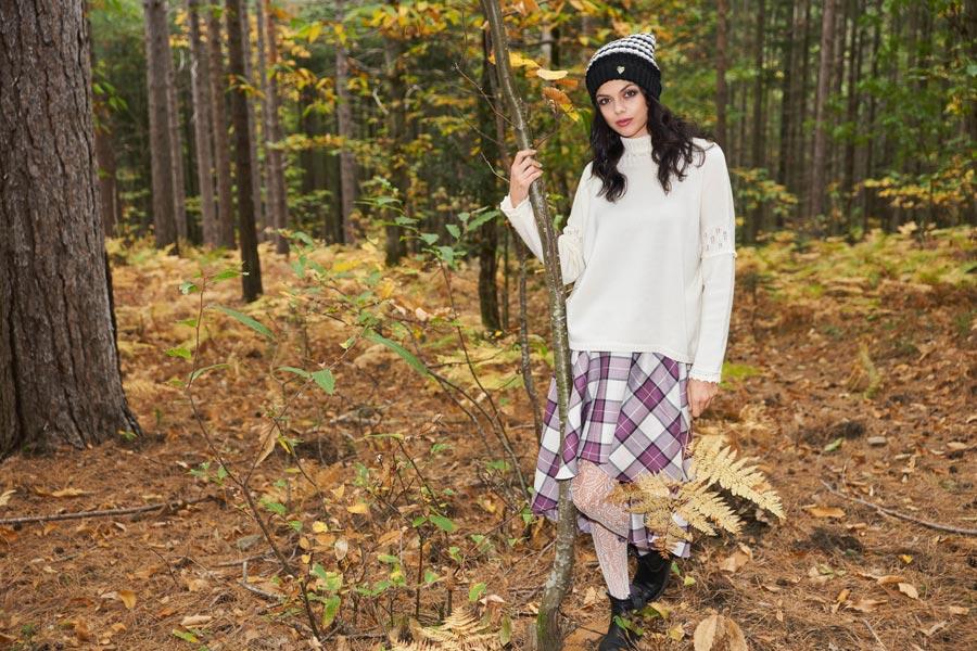 maglione merino collo alto panna gonna scozzese lana made in italy